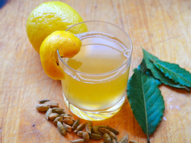 Riesling hot toddy-warm winter cocktails-storm brian warmers