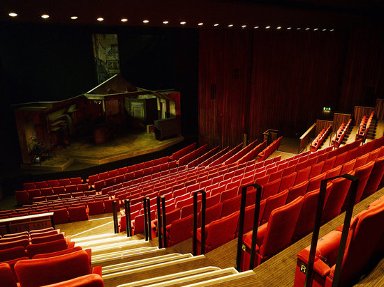 abbey-theatre-dublin-date ideas-november