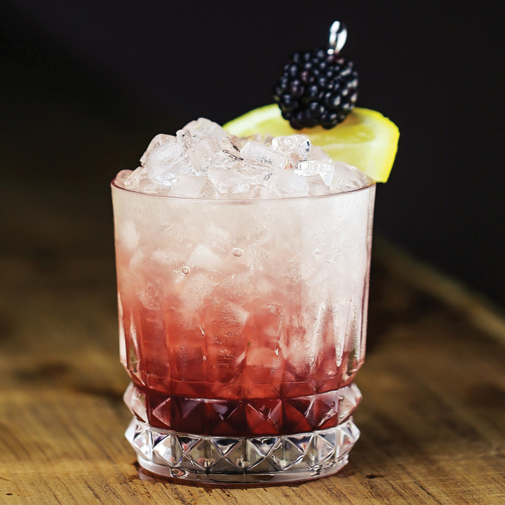 gin cocktails-cocktails you have to try-need in your life-bramble