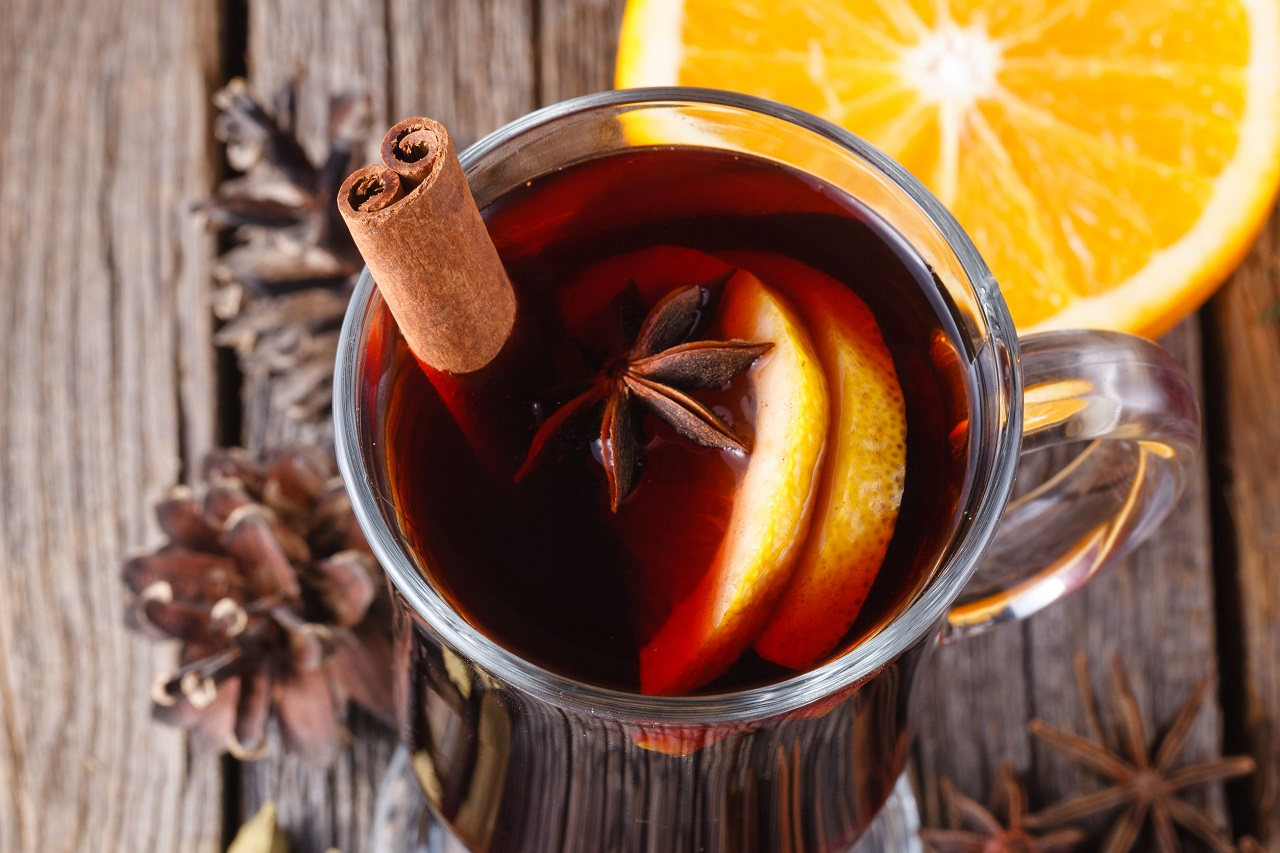 mulled wine-warm wine-winter warmer-spiced wine-storm brian